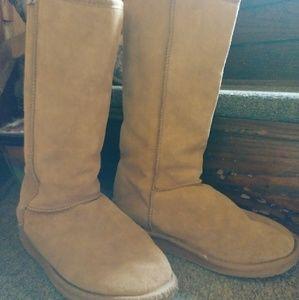 Australian emu tall boots sz 9